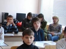 На секции, Камионко Владимир Александрович (в центре) и первый Исток