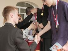 Награждение, справа налево,  Камионко Владимир Александрович,  Жидков Илья Дмитриевич, Попов Евгений Юрьевич