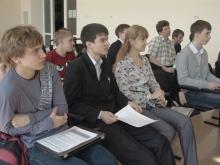 первый ряд слева направо, Медведев Илья Анатольевич, Жидков Илья Дмитриевич, Ирина Геннадьевна и Лесной Валентин Вячеславович