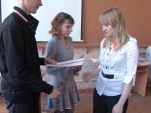 Шевченко Анастасия Юрьевна (справа) и награждение
