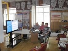 Илья Дмитриевич (справа) и выступление